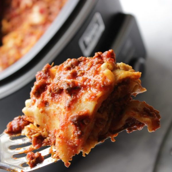 Easy Crockpot Lasagna with Spaghetti Sauce