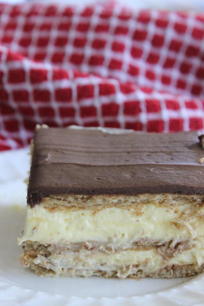chocolate eclair cake no bake dessert