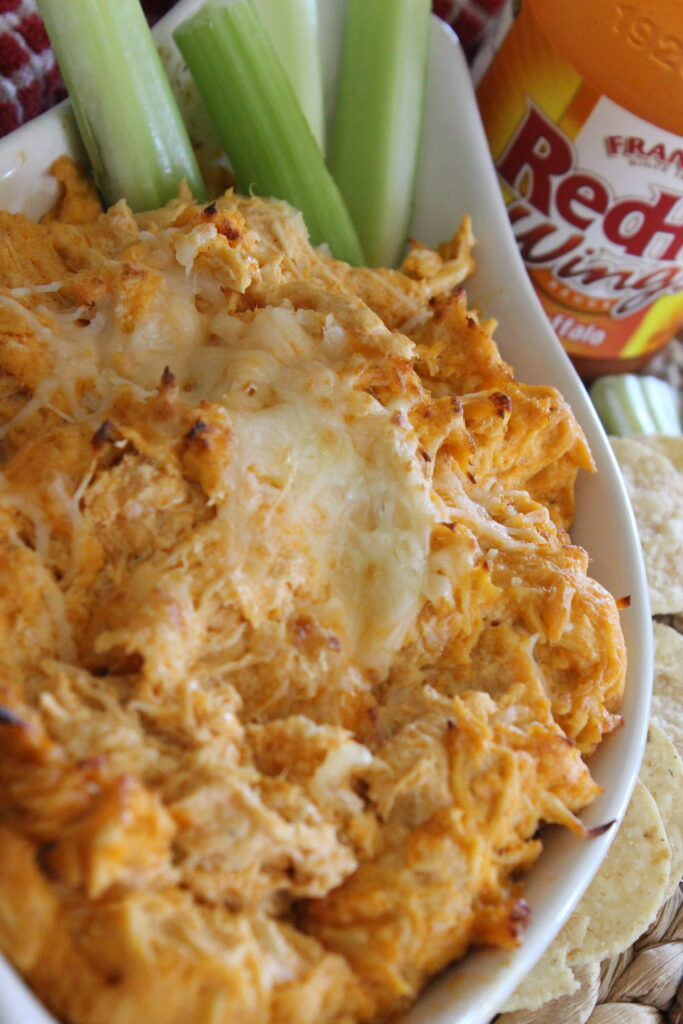 buffalo chicken dip with celery
